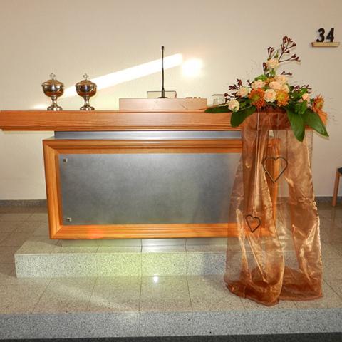 Altar Und Blumenschmuck Neuapostolische Kirche Gemeinde Bordesholm